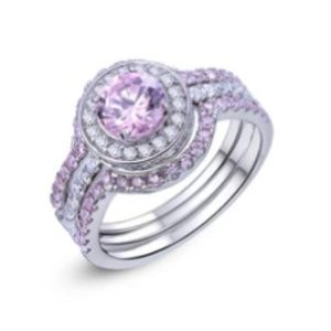 Jewelry - CERTIFIED 3.40 cttw Diamond Ring